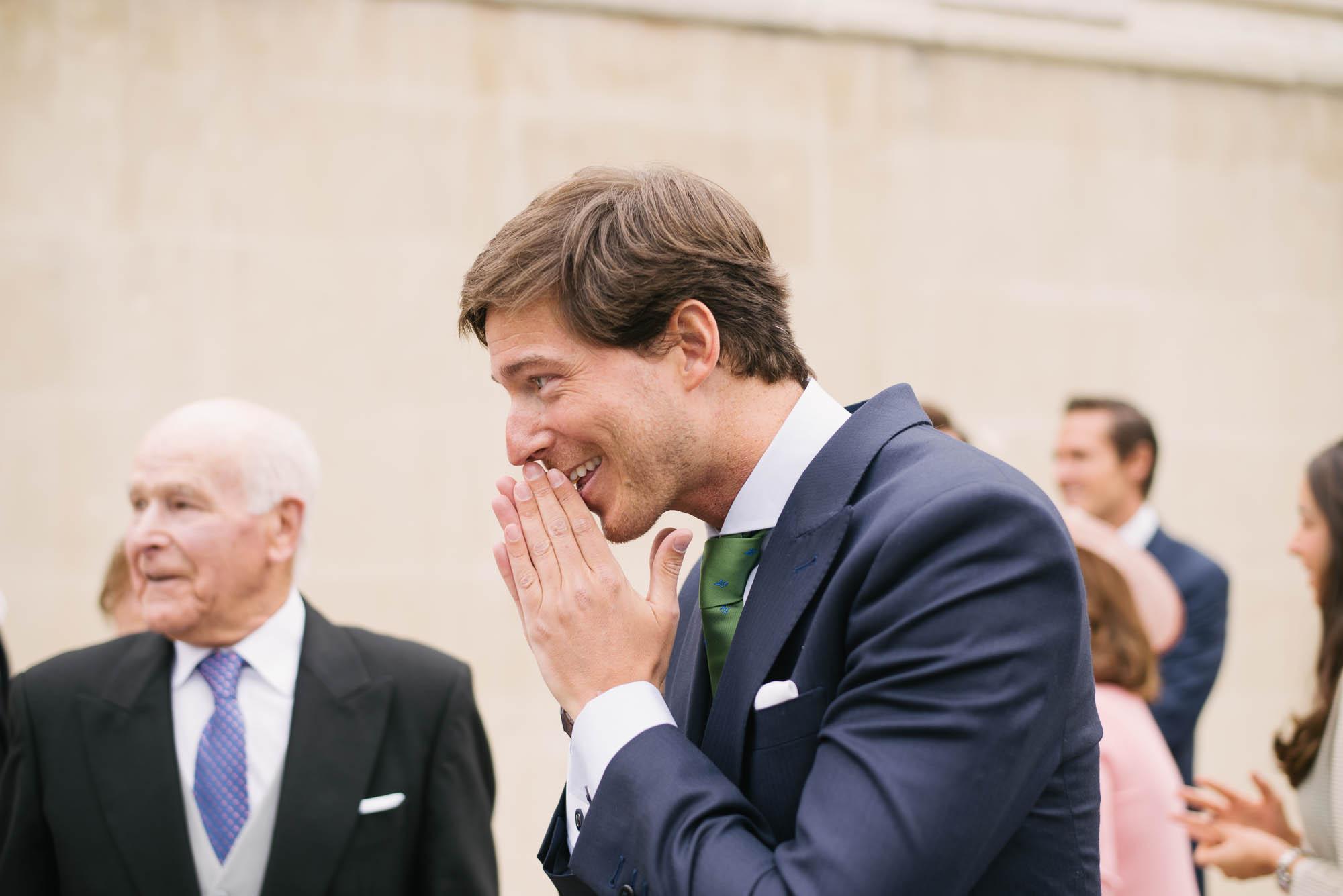 El novio nervios antes de la ceremonia