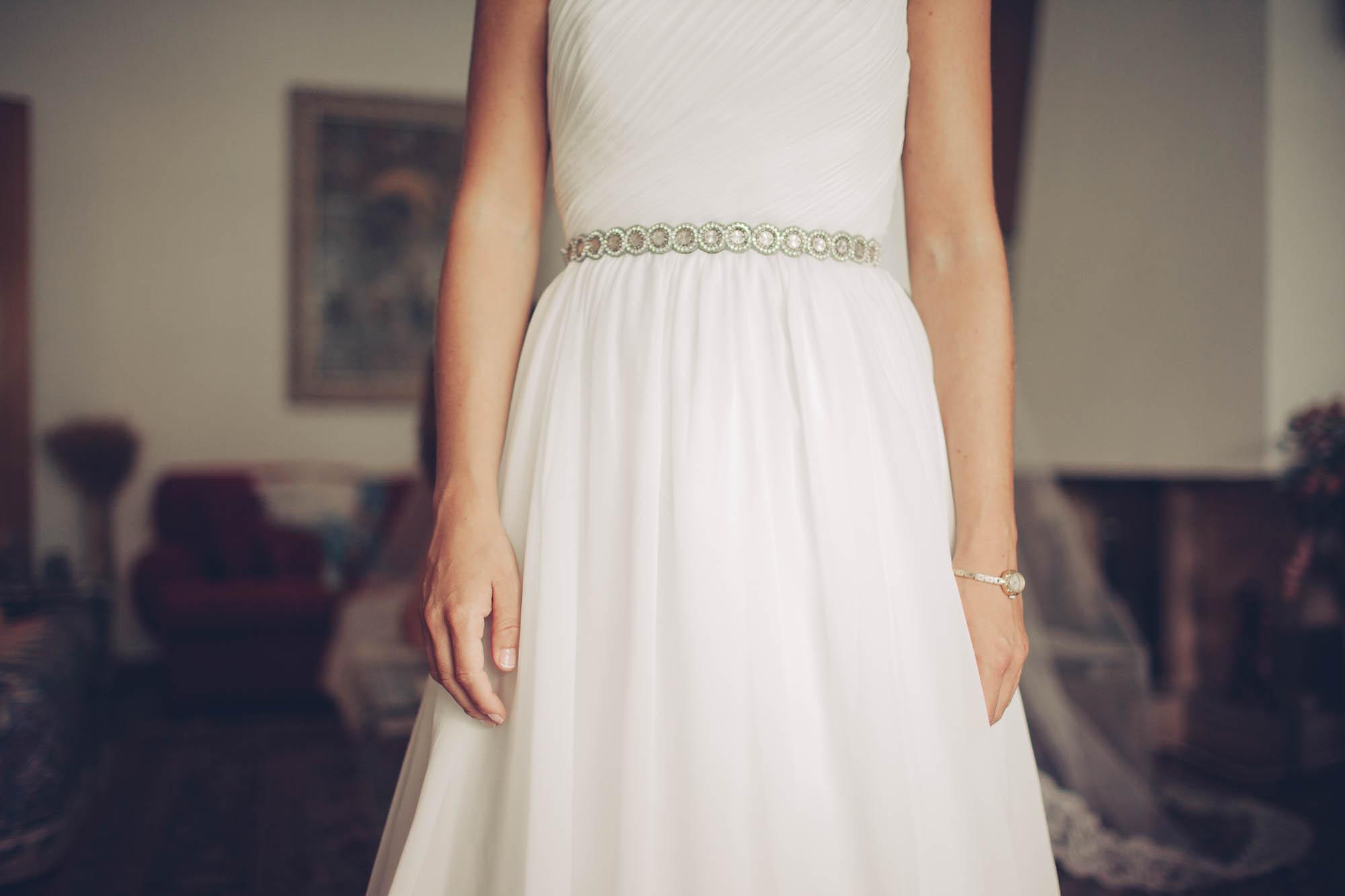 Detalle cinturón vestido de novia