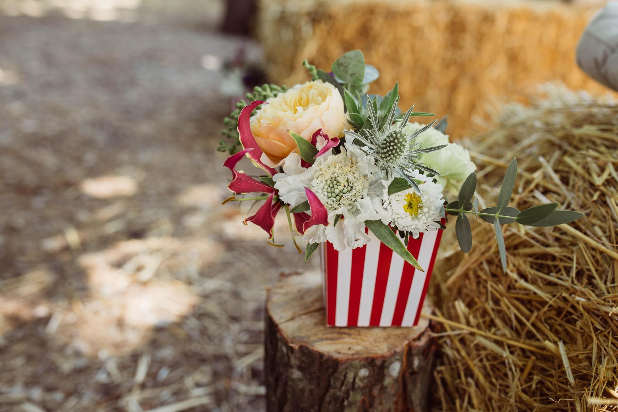 Adornos florales para la ceremonia